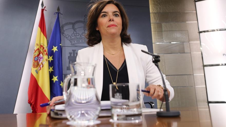 El Gobierno rechaza que Guindos comparezca en el Pleno del Congreso por el 'caso Soria' y lo hará en comisión