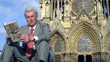 Notre-Dame no resurge gracias a los millonarios, sino al pueblo y a los 'best sellers'