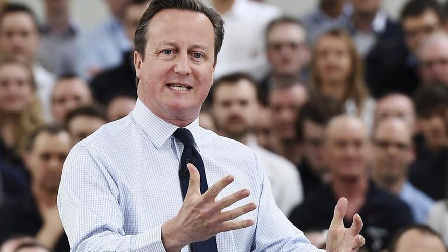 Cameron une fuerzas con un exlíder sindical para apoyar la permanencia en la UE