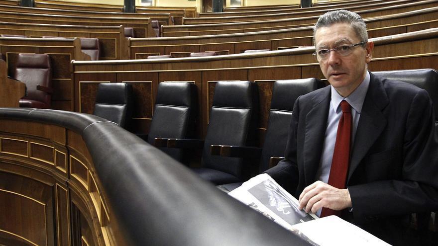 La OCU pide a Gallardón que exija a los notarios devolver 400 millones a sus clientes