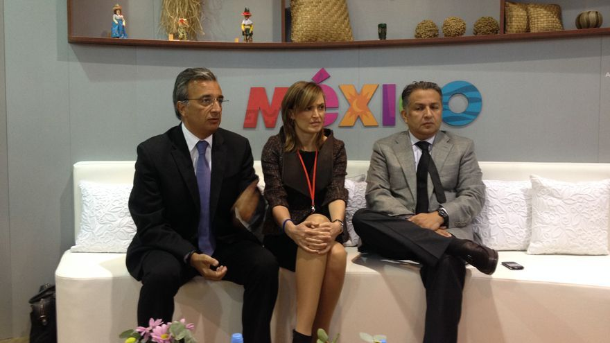 Rueda de prensa de los representantes de Aeromexico en Fitur
