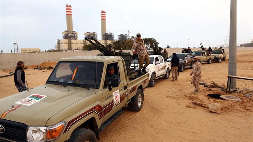 Mueren una decena de combatientes y yihadistas en la ciudad libia de Sirte