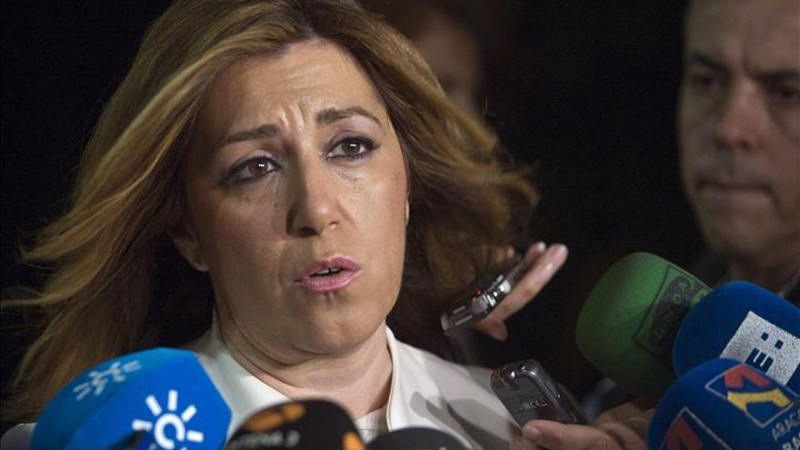 """Susana Díaz cree que la dimisión de Mato llega """"tarde"""" y """"mal"""""""