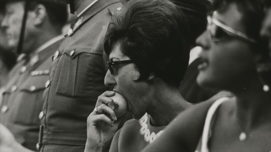 Madres e Hijas de la Transición Española // Archivo Regional de la Comunidad de Madrid.
