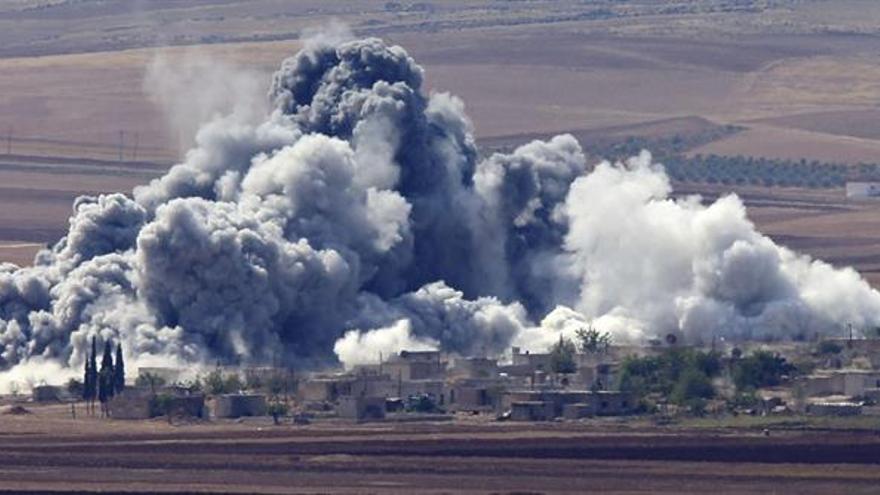Seis bombarderos estratégicos rusos atacaron posiciones del EI en Siria