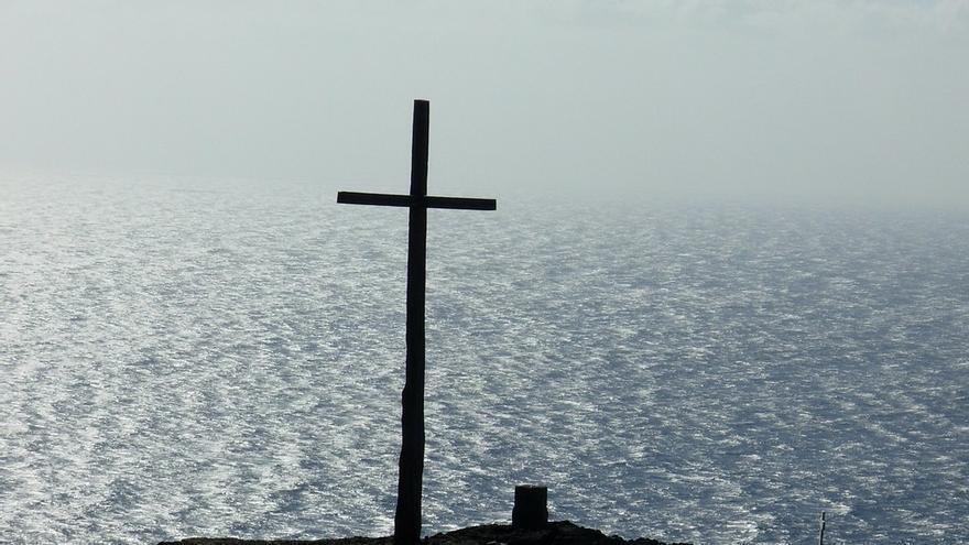 Una sencilla cruz marca el lugar del antiguo fin del mundo. Susanne Winter