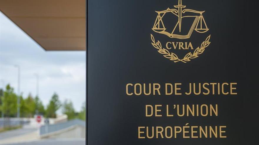 """Hungría asegura que pese al fallo de TJUE no va a aceptar más """"inmigrantes"""""""