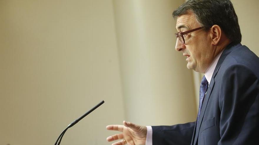 Esteban: Si se aplica el artículo 155 el PNV estará enfrente del PP y del Gobierno