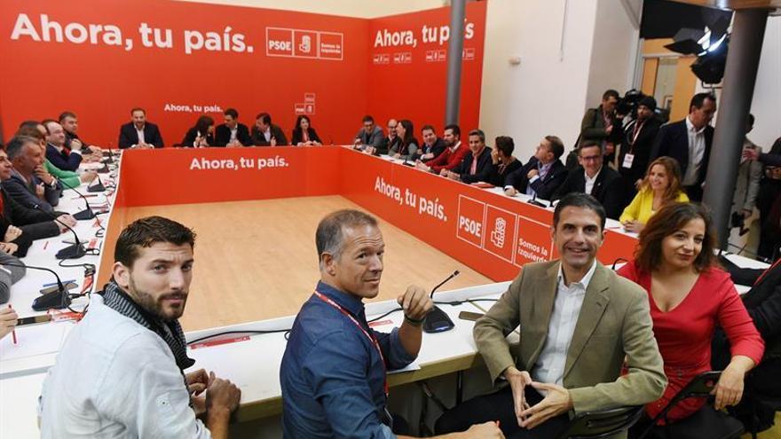 """Sánchez ve al PSOE """"fuerte y unido"""" y con """"ganas de ganar"""""""