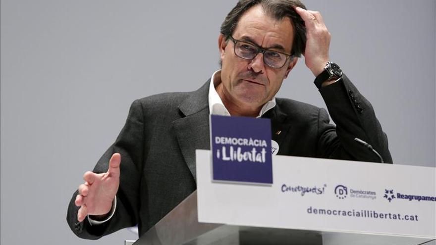 """Mas anima a replicar al Estado el 20D que los catalanes no son """"súbditos"""""""
