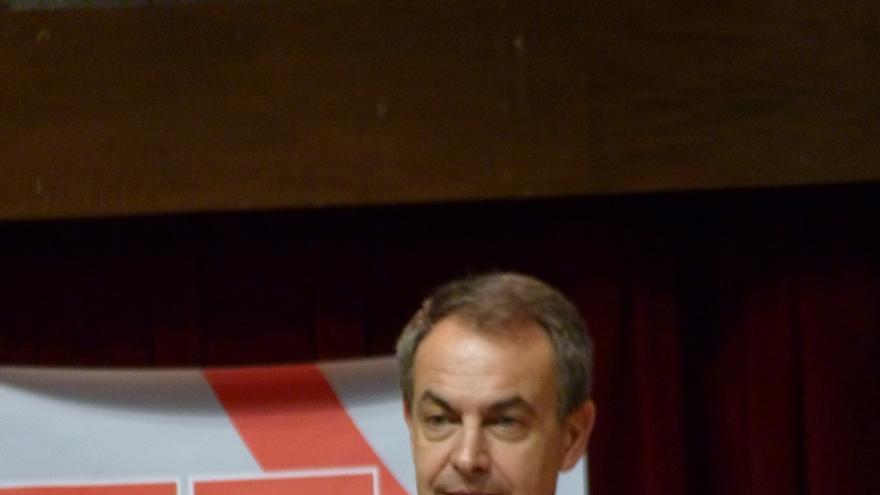 """Zapatero pide a Rajoy que """"reconsidere"""" la Educación para la Ciudadanía por su efectividad contra la violencia de género"""