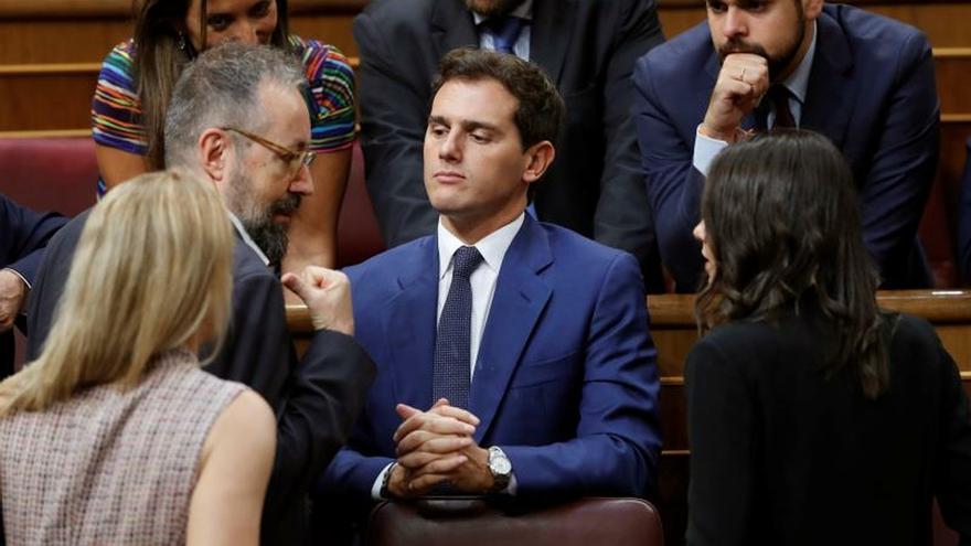 Financial Times pide a Ciudadanos reconsiderar su oposición a apoyar al PSOE
