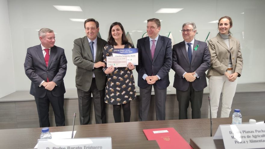 Entrega del premio a Carolina Fernádez