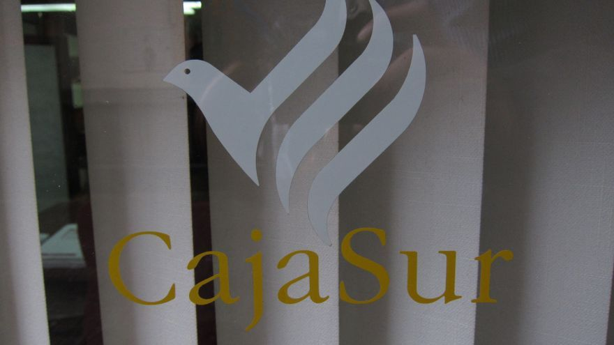 El BOE publica las sanciones a 13 exdirectivos de CajaSur por infracciones muy graves
