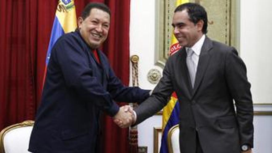 Hugo Chávez y Armando Benedetti