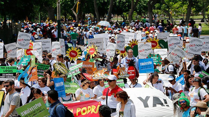 Manifestación de la Cumbre de los Pueblos en Lima // FOTO: InspirAction