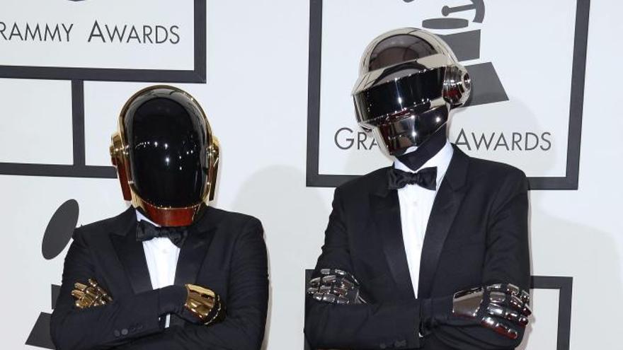 Daft Punk y Macklemore & Ryan Lewis empatan a 4 triunfos en los Grammy