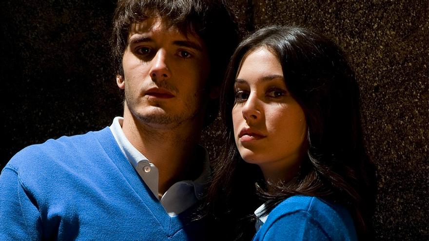 Así aparecen Yon González y Blanca Suárez en 'El Internado: Las Cumbres', de nuevo como Iván y Julia