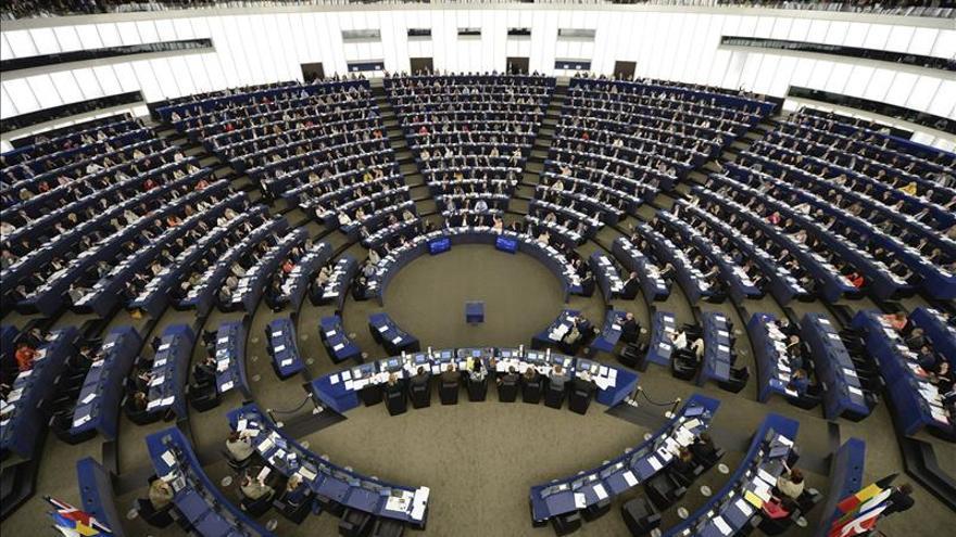 La Eurocámara decide por solo dos votos posponer también el debate sobre TTIP