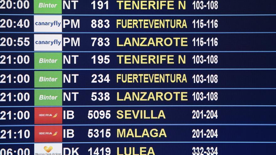 Panel de vuelos en el aeropuerto de Gran Canaria
