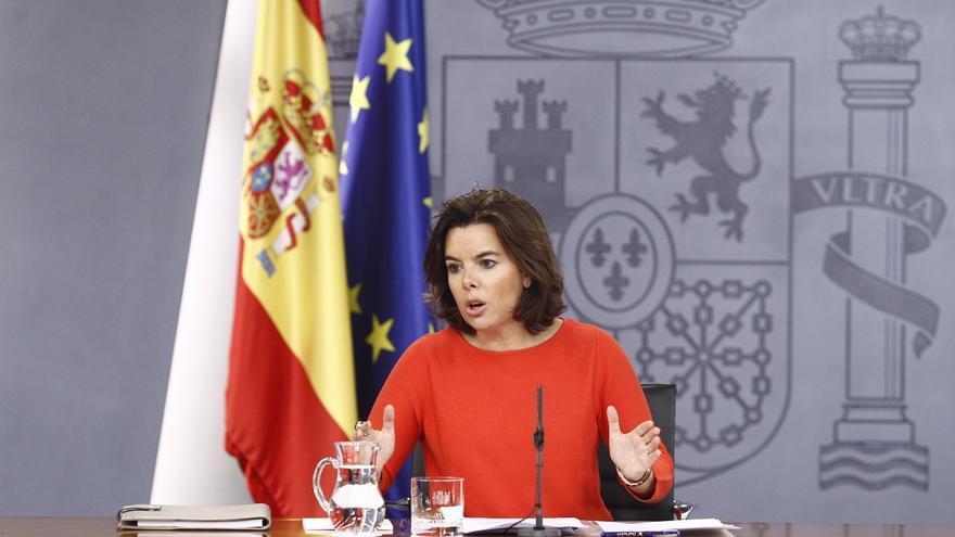"""Rajoy mantiene """"intensos"""" y """"constantes"""" contactos de manera """"discreta"""" para formar gobierno, según Santamaría"""