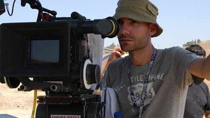 F. Javier Gutiérrez en pleno rodaje de una de sus películas.