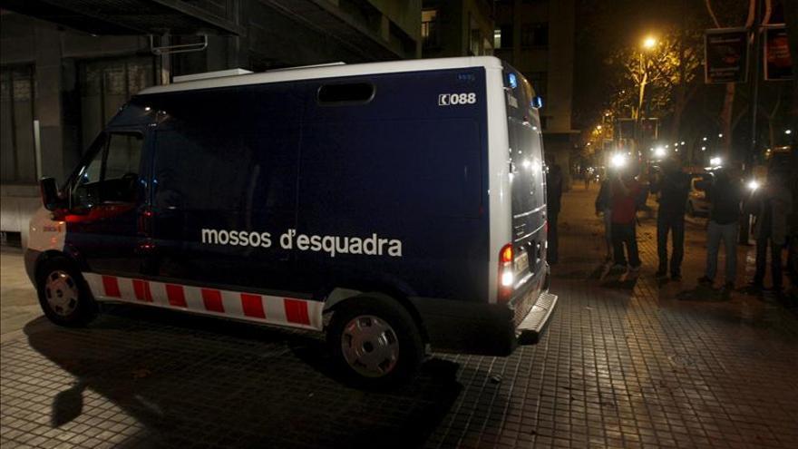 Detenidos un marchante y el administrador de una galería de arte por vender cuadros falsos