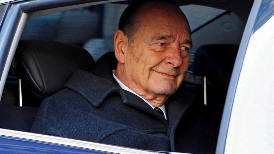 El expresidente galo Jacques Chirac hospitalizado por una infección pulmonar