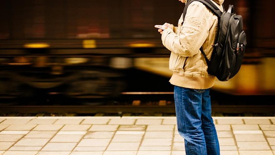 Tinder estima que se producen 1.400 millones de 'swipes' diarios
