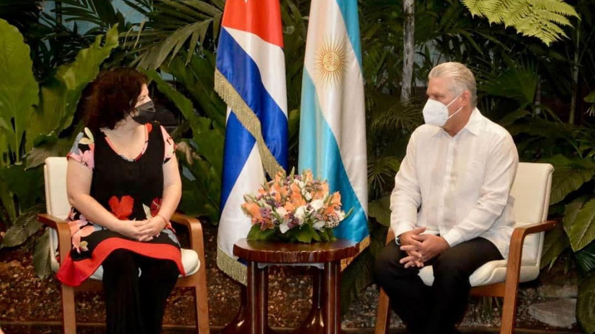 Carla Vizzotti en La Habana con el presidente Díaz-Canel