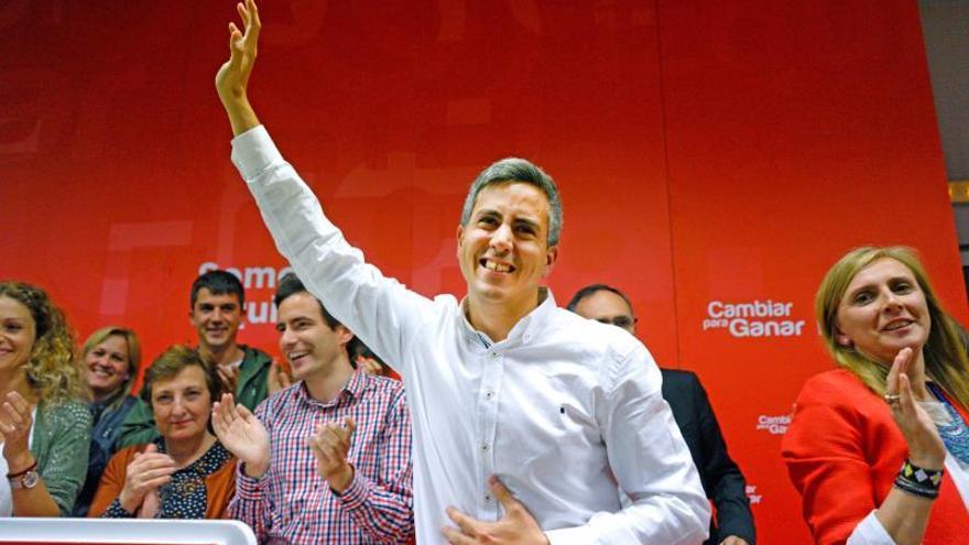 Zuloaga se impone a Cortés en primarias para ser candidato a la Presidencia