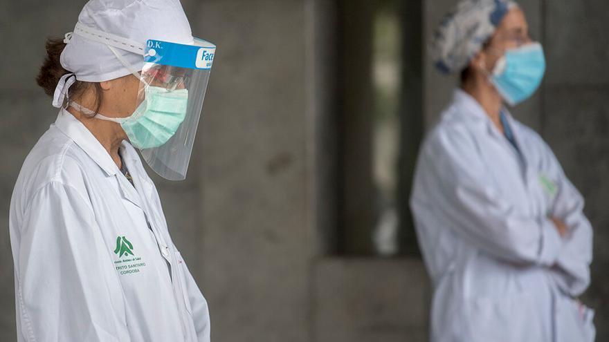 Homenaje a los médicos fallecidos durante la pandemia | TONI BLANCO