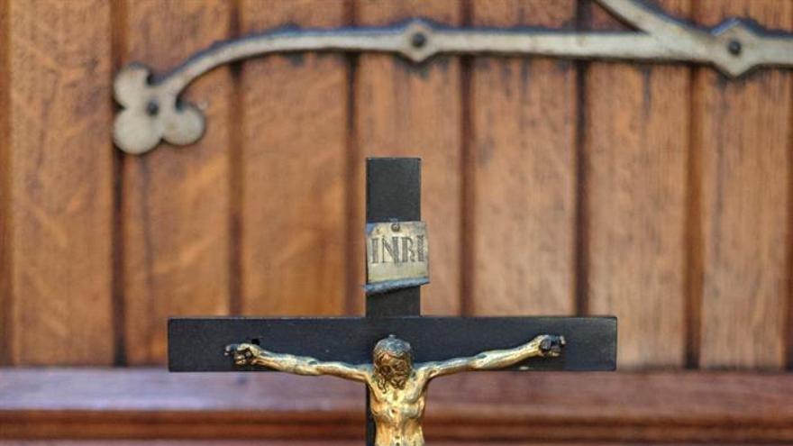 Crucifijo regalado a Benito Pérez Galdós por su maestra doña María Luisa Bolt