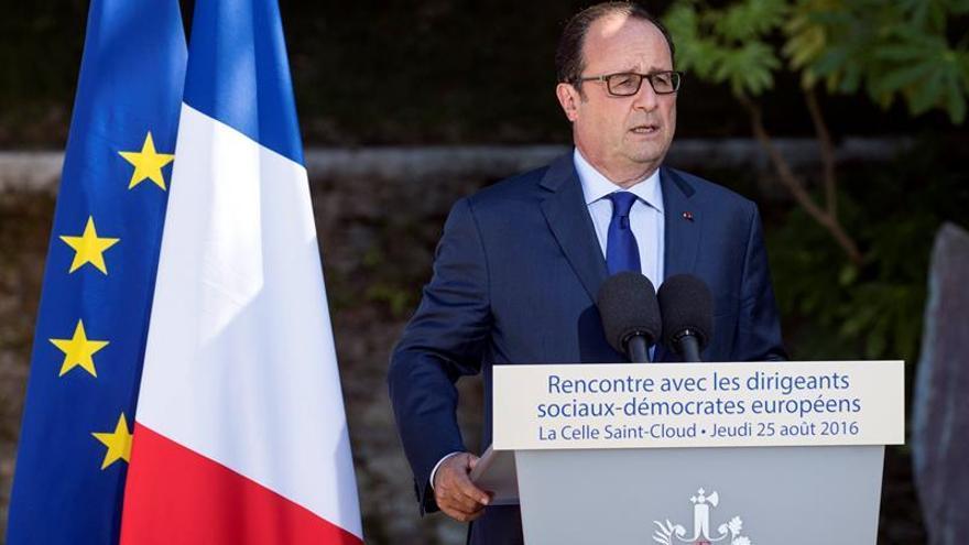 Hollande interviene para evitar el cierre anunciado de una planta de Alstom