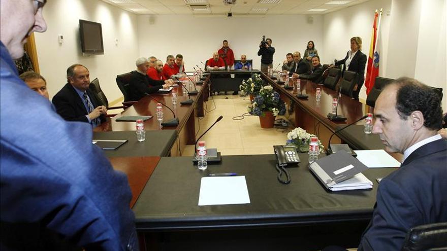 Los trabajadores de Sniace se reunirán el martes con Pérez Rubalcaba