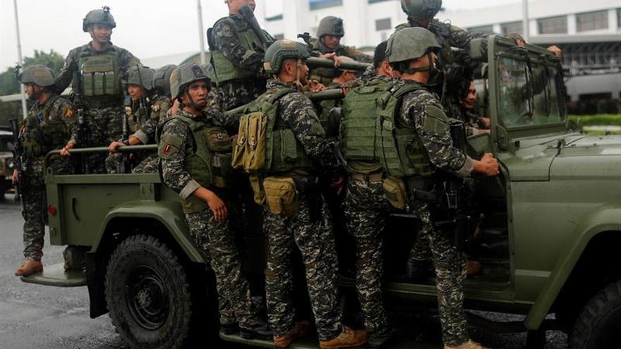 El presidente de Filipinas solicita extender la ley marcial en Mindanao