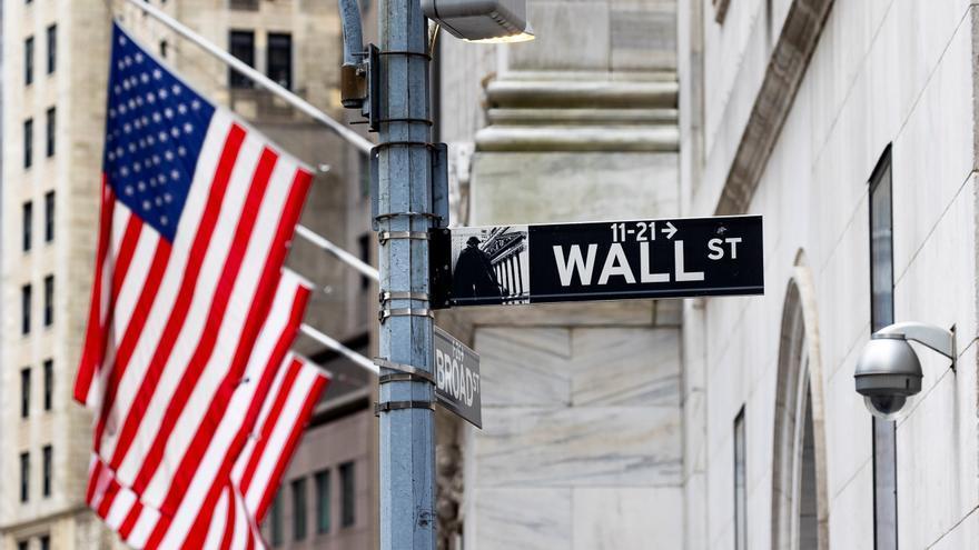 Wall Street cierra en rojo y el Dow Jones baja un 0,16 % pendiente de datos