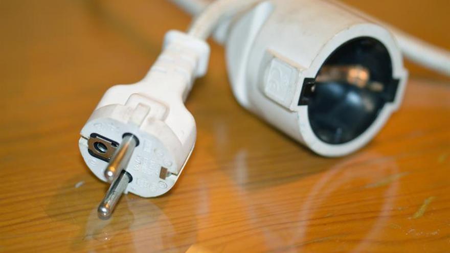 """El consumidor """"vulnerable"""" deberá tener un certificado para impedir cortes de luz"""