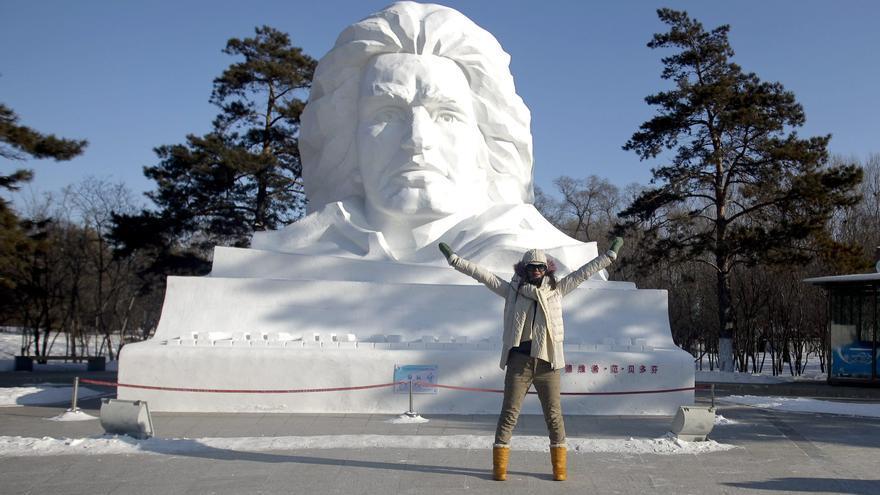 El festival de hielo y nieve de Harbin cumple medio siglo
