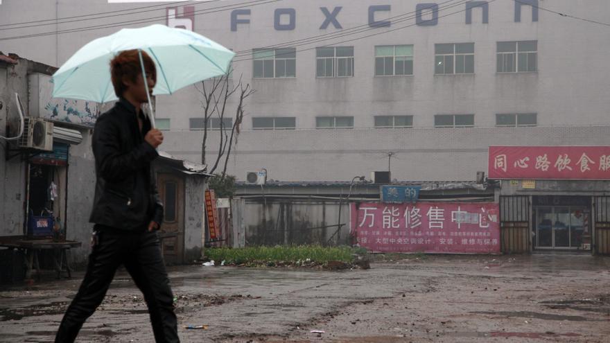 Foxconn reconoce que contrató a 500 menores de edad en una fábrica en China