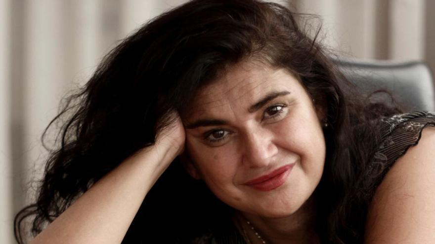 Lucía Etxebarría se autoedita 'Mujeres extraordinarias'