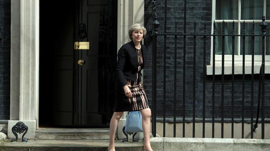 Los conservadores votan a los dos candidatos que aspiran a suceder a Cameron