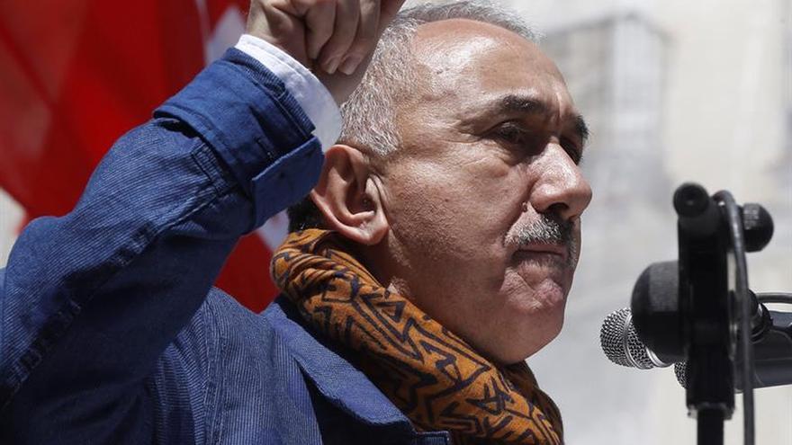 Álvarez: cuando un sindicato pierde la ubvención, al trabajador se le quita un derecho