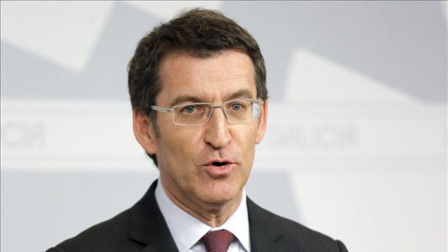 Galicia fija por ley 60 días de espera para operarse y 45 para una consulta