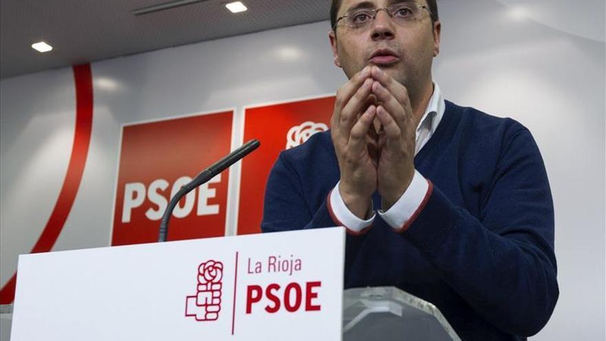 """Luena: """"Rajoy se oculta de los españoles"""" y es """"el presidente avestruz"""""""