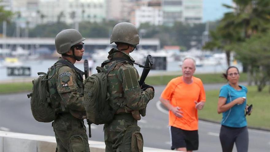 Río amanece con militares en sus calles tras el anuncio del plan contra la violencia