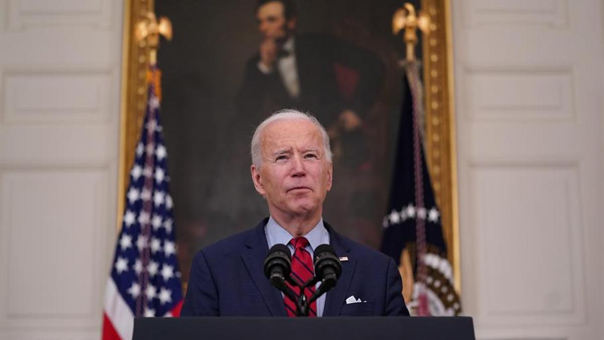 El presidente estadounidense, Joe Biden, habla en conferencia de prensa sobre el tiroteo en Boulder (Colorado), en la Casa Blanca en Washington (EE.UU.)