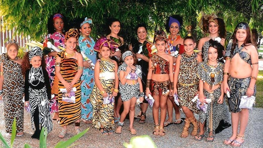 Candidatas a reinas de infantil y adulta del Carnaval de Los Llanos de Aridane.