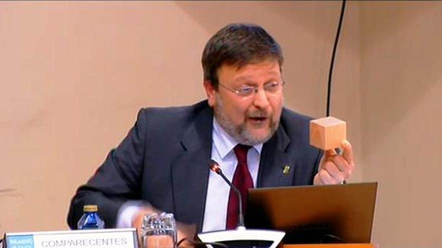 Juan Picos, durante su comparecencia en el Parlamento