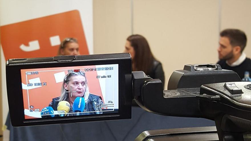 Un momento de la rueda de prensa ofrecida por Compromís en Alicante